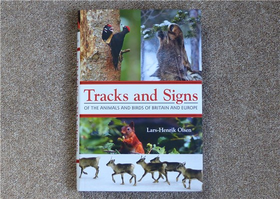 Tracks and signs book cover